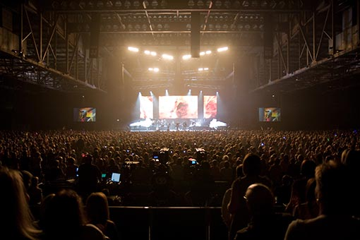 Dortch and his companies produced the award-winning motion-graphics for the Osmond World Tour